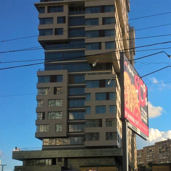 Купить квартиру недорого на недешевом рынке недвижим