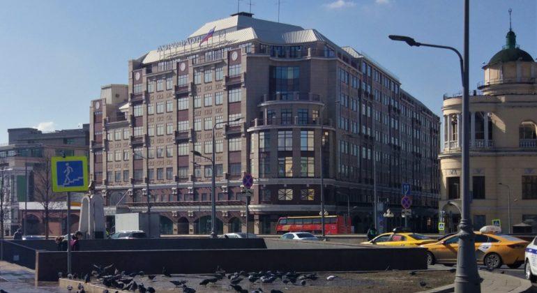Продажа 3 комнатной квартиры в Москве: выгодное сотрудничество с агентством