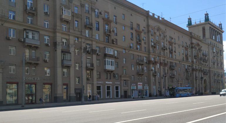 Купить трехкомнатную квартиру в Москве: учимся выбирать